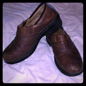 Ariat steel toe shoes